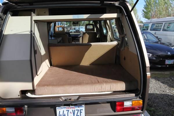 1986 VW Vanagon Westfalia Camper w/ 35k Miles - $22k in ...