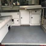 1990 vw vanaon westfalia camper burgundy automatic seattle WV2ZB0254LH002402 auction 4