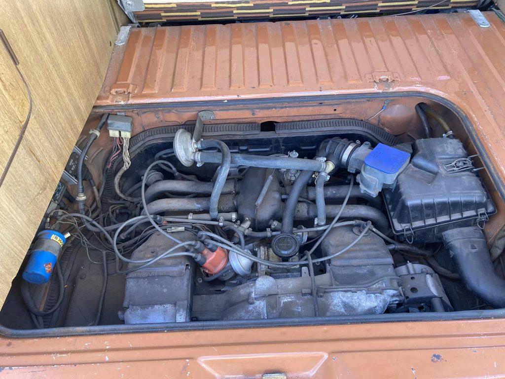 1980 Volkswagen Vanagon Westfalia 2.0 air-cooled engine