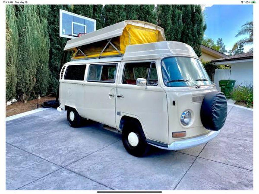 1971 VW Riviera Camper Pop Top