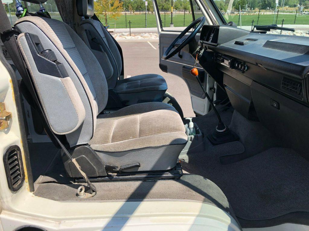 1991 Volkswagen Westfalia Vanagon Front Interior